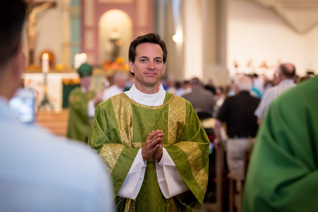 deacon-of-st-thomas-aquinas-parish