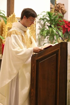Fr. David Loeffler giving the homily